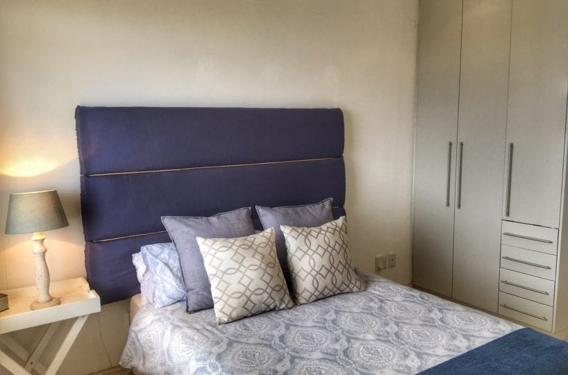 Sea Point Holiday Apartment9