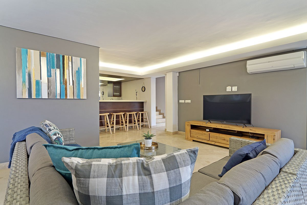 49 Geneva Drive Camps Bay 8