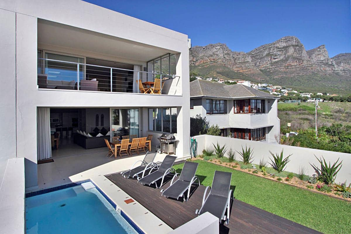 Cape Blue villa 3a Finchley Rd Camps Bay 6