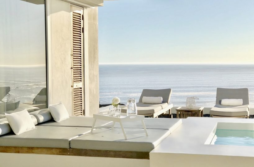 Penthouse Daybed Detail (day)