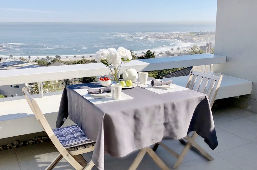 Penthouse Outdoor Dining View