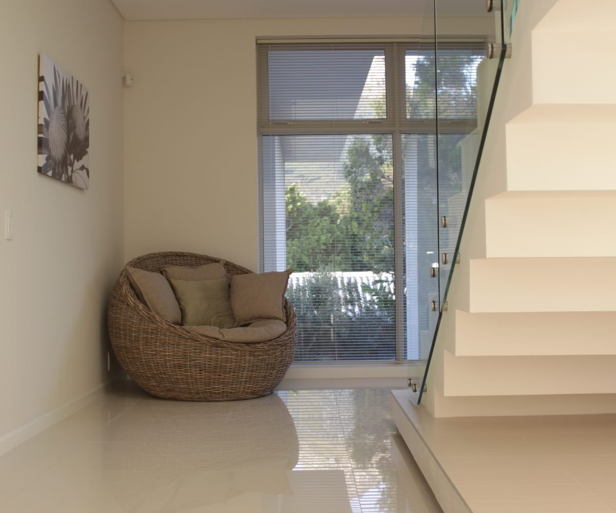 Penthouse Stairs (2)