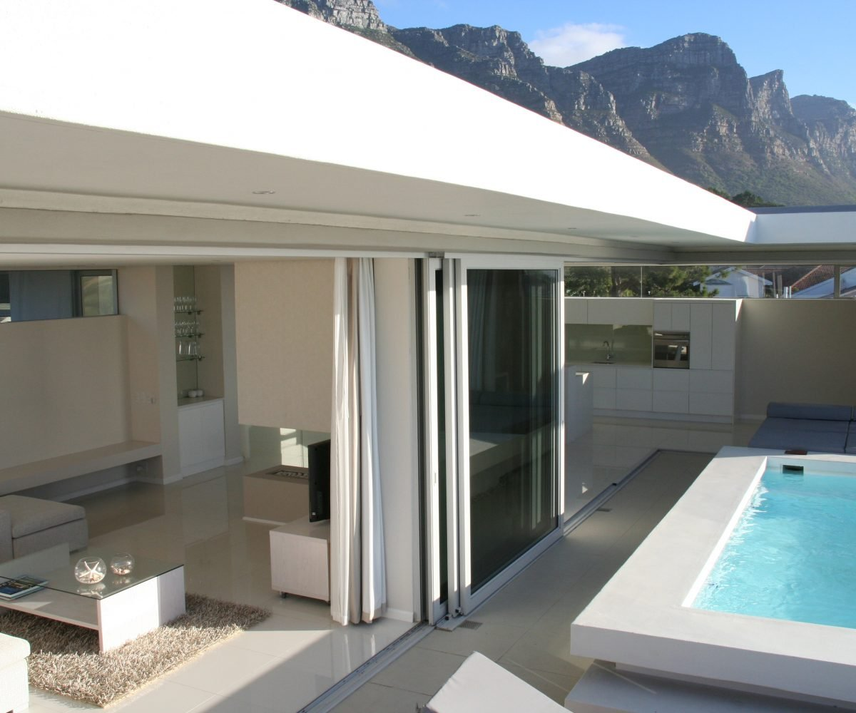 Penthouse with Mountains (4)