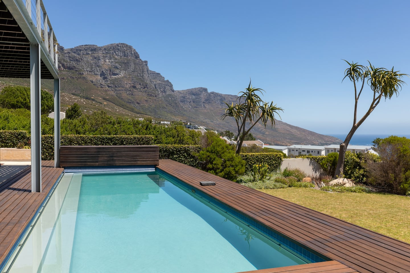 Hely Horizon 38 Hely Hutchinson Ave Camps Bay